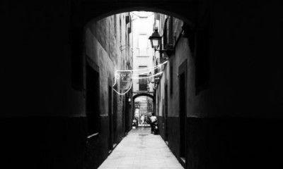 callejon backstreets barcelona